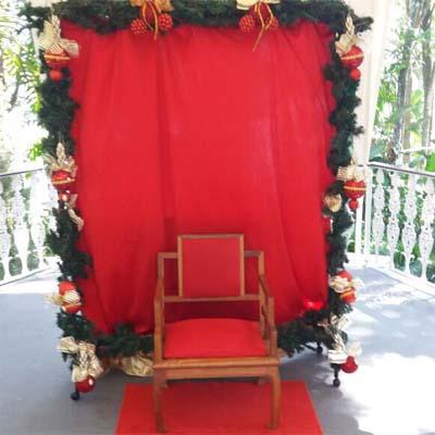 Cia do Bafafá Natal Cenários e Trono
