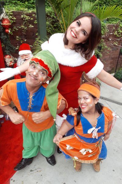 Cia do Bafafá Papai Noel Ajudantes