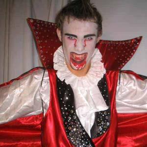 Cia do Bafafá Halloween Vampiro